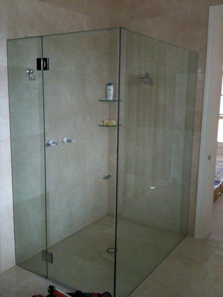Shower Screens Gold Coast frameless glass solutions > shower screens